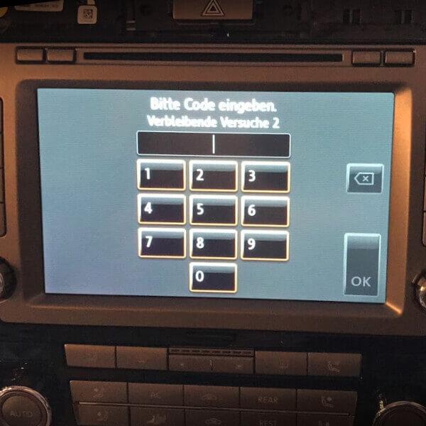Navi-Fehler PIN Code auslesen / ändern